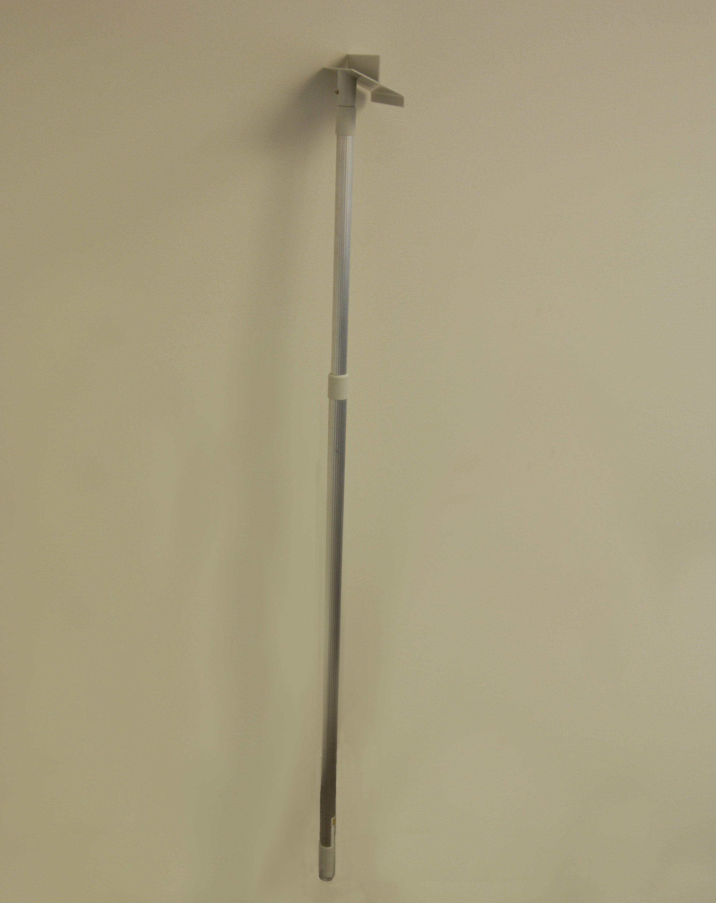 Retractable signage products - Telescoping pole 2